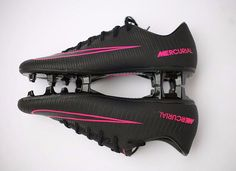 Football Cards, Football Soccer, Football Players, Everton Fc, Soccer Cleats, Audi, Kicks, Shoes, Football Boots