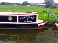 This photo has been taken from www.thefitoutpontoon.co.uk your resource and directory for canal boat buying, planning & building
