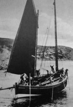 Tour Scotland Photographs: Old Photograph Fishing Boat St Abbs Scotland