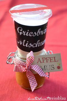 Griessbrei und Apfelmus