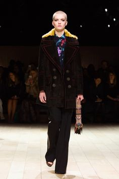 London Fashion Week 2016: Burberry