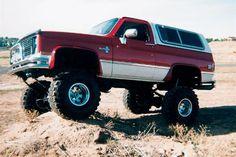 1984 Chevrolet Blazer 4x4 Truck Exterior Side View Photo 1 - kootation ... Chevy K10, 87 Chevy Truck, Chevrolet Tahoe, Chevrolet Trucks, Chevrolet Silverado, Gm Trucks, Lifted Trucks, Cool Trucks, Pickup Trucks