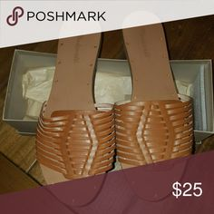 d8d63a82b8e BrandNew Never Worn Madewell Hurache Slide Sandals English saddle slides  Madewell Shoes Sandals Slide Sandals