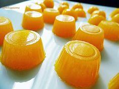 Kakukkfű: Cukormentes narancsos gumicukor (diabetikus) Hot Sauce Bottles, Clean Eating, Paleo, Fruit, Healthy, Food, Candy, Cooking, Eat Healthy