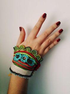 Handflower-Beaded Friendship Bracelets  - Colorful Beaded Crochet Bracelet and Flower Patterns - Cotton Yarn Bracelet - Special Handmade