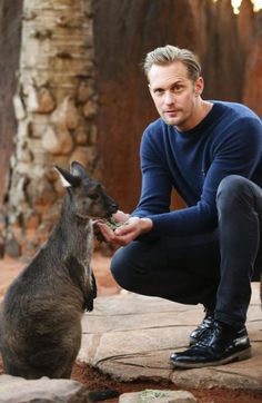 Skarsbrow while feeding a wallaby ;)