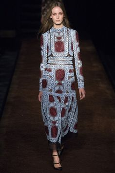 23f9ff6790e66 10 Best Ornate images in 2019 | Couture, Fashion Design, Fashion music