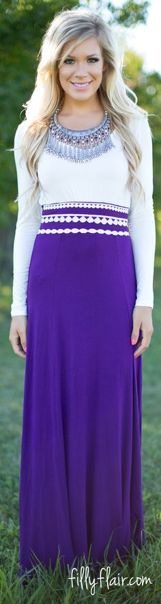 The perfect maxi dress with sleeves for fall!