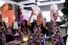 Pizza school - Let's gear up! Wine Recipes, Pizza, Let It Be, School, Food, Dresses, Fashion, Vestidos, Moda