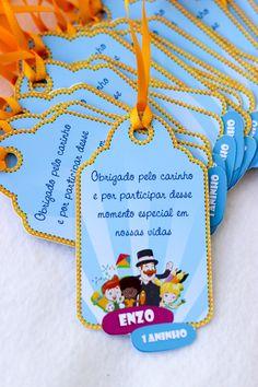 Tag de Agradecimento Bita Descrição: Fita de Cetim Papel fotográfico (Alta resolução) PRAZOS: ARTE: Enviamos em até 3 dias úteis, após a compra aprovada e envio dos dados! PRODUÇÃO: 10 dias úteis, após a aprovação da arte. ENVIO: Trabalhamos com os Correios, o prazo de entrega v... 1 Year Birthday, Baby Boy 1st Birthday Party, Baby Party, George Pig, Free Preschool, I Love Makeup, School Gifts, Gras, Baby Shark