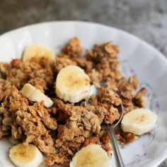 Peanut Butter Banana Baked Oatmeal with Chia Seeds
