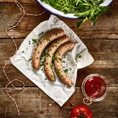 stoff - photographie, franconian and nuremberger bratwurst Healthy Foods To Make, Food To Make, Healthy Recipes, Bratwurst, Chorizo, Homemade Sausage Recipes, Bbq Meat, Aesthetic Food, Food Packaging
