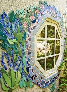 Mozaic window...oh so gorgeous