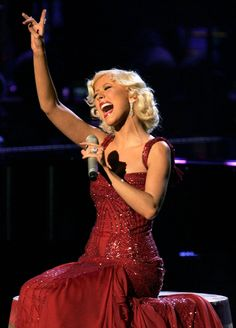 <3 Such an incredibly talented singer, i love her music!