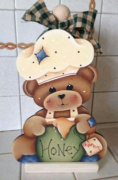 porta toalla papel Country Crafts, Country Art, Country Decor, Foam Crafts, Wooden Crafts, Diy Crafts, Fabric Painting, Painting On Wood, Wood Projects