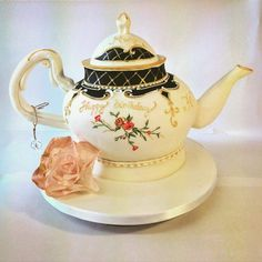 Teapot Cake Teapot Cake, Fun Cakes, Cake Art, Amazing Cakes, Tea Time, Sculpting, Tea Pots, Whimsical, 3d