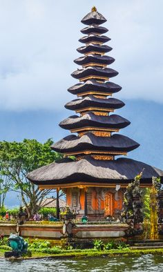 Bali has something for everyone: surfing, temples, tasty food, massages, mo Places To Travel, Places To Visit, Travel Destinations, Voyage Bali, Surfing Photos, Surf Trip, Photos Voyages, Temples, Bali Travel