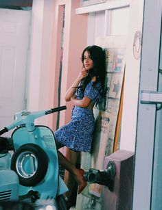 Camila Cabello Films New Music Video with J Balvin!: Photo Camila Cabello is feeling all the music around her while filming a new video in Miami last night (February The singer is collabing on a brand new track with… Shawn And Camila, Camila And Lauren, Vespa Girl, Scooter Girl, Havana, Demi Lovato, Katy Perry, Rihanna, Selena Gomez