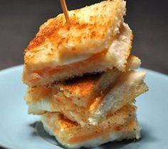 I do love fancy finger foods!  Mini Croque-Monsieur Fancy Name - Simply Delicious!!