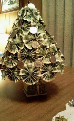 DIY 2013 Christmas tree, Christmas money tree for kids