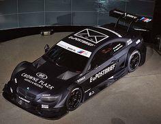 BMW's DTM car. Love me some carbon fiber.