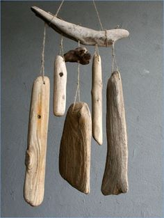 Wind ChimeBaltic DriftwoodLarge Driftwood DecorUnique - How To Make Things Driftwood Mobile, Driftwood Sculpture, Driftwood Art, Driftwood Furniture, Carillons Diy, Shell Flowers, Driftwood Projects, Driftwood Ideas, Diy Wind Chimes