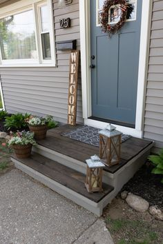 Concrete Front Steps, Cement Steps, Painted Concrete Steps, Painted Steps, Front Yard Landscaping, Backyard Patio, Backyard Ideas, Front Porch Steps, Front Stoop