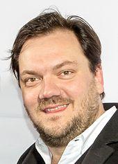 Charly Hübner, deutscher Schauspieler – Wikipedia