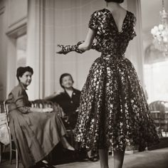 Dior Glamour by Mark Shaw http://tupersonalshopperviajero.blogspot.com.es/2013/12/dior-glamour-by-mark-shaw.html