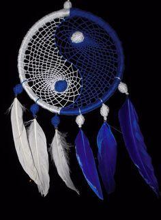 °DreamCatcher Yin Yang / chakra by DreamerMirano Dream Catcher Mobile, Dream Catchers, Yin Yang, Indian Arts And Crafts, Inuit Art, Crotchet Patterns, Medicine Wheel, Horseshoe Art, Feather Crafts