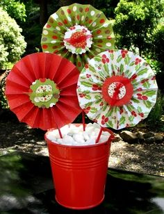 Folded paper flower craft idea. Super easy-limited supplies!