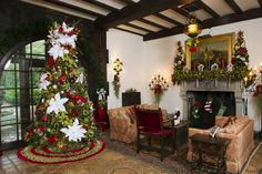 http://www.authenticflorida.com/authentic-travel/central-florida/bok-tower-gardens-sparkle-for-the-holidays/