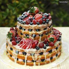 Naked cake con crema di mascarpone e lamponi http://blog.giallozafferano.it/passionecooking/naked-cake-torta-con-crema-alla-vaniglia-e-lamponi/