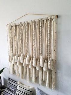 Large macramé wall hanging/large woven wall hanging/large yarn wall hanging/large yarn tapestry/Tassel wall hanging/Bohemian decor – The best ideas Macrame Wall Hanging Diy, Macrame Art, Macrame Projects, Etsy Macrame, Art Macramé, Yarn Wall Art, Boho Tapestry, Macrame Patterns, Diy Bed