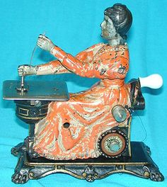 "The ""Princess"" is undoubtedly one of the ultimate prizes for a toy sewing machine enthusiast. This fine example retains much of its original painted finish, including its pink cheek blush! Sewing Art, Sewing Rooms, Love Sewing, Sewing Crafts, Antique Toys, Vintage Toys, Sewing Machine Accessories, Images Vintage, Vintage Sewing Notions"
