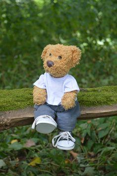 On the bench | Misiu, our lovely teddy bear