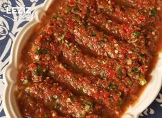 Image may contain: food Rice Recipes, Salad Recipes, Cooking Recipes, Appetizer Salads, Appetizers, Tomato Salsa Recipe, Turkish Recipes, Ethnic Recipes, Meatloaf