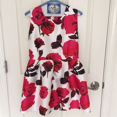 SheIn floral dress Gorgeous reds and pinks accent this floral skater dress. Worn once. SheIn Dresses Mini