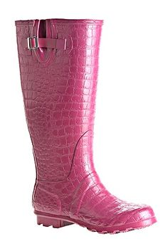 Yay! finally some rainboots I may be able to wear