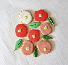 "anzu new york + KUROIWA patisserie Collaboration Cookies Vol. 1 tsubaki"" cookies box set"