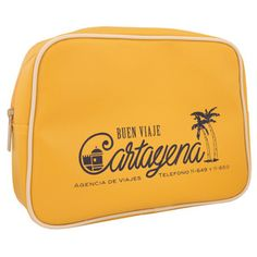 love the font, makes me want to go on vacation just to use this little bag