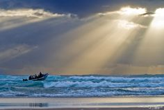 Sun-ray Chasers Photo by Hendrik Groenewald Ponta Malongane, Mozambique Beautiful World, Beautiful Places, Sky And Clouds, Cool Photos, Landscape, Pictures, Outdoor, Sun Rays, Light Rays