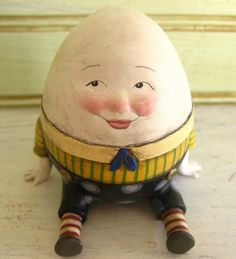 humpty dumpty sculpture figurine by CreationCottage on Etsy Paper Mache Clay, Paper Mache Crafts, Nursery Rhyme Characters, Humpty Dumpty, Paperclay, Sugar Art, Doll Face, Nursery Rhymes, Collage