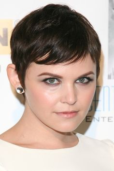 Ginnifer Goodwins polished, pixie hairstyle