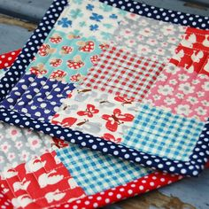 Great tutorial on how to make quilted hot pads