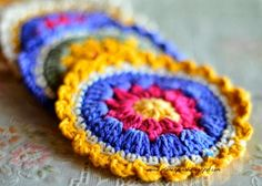 The Planet Pearl: Cheery Coasters - Free crochet pattern.