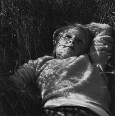 Dorothea Lange photography Once lush grass and grain soon became a desert of fear of the future.