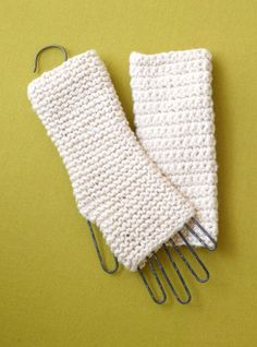 Lion Brand shares a free beginner& pattern for these crochet fingerless gloves. A great first crochet project for newbies! There& also a knitting version via the link. Crochet Hand Warmers, Crochet Boot Cuffs, Crochet Mittens, Crochet Gloves, Crochet Scarves, Crochet Stitches, Mittens Pattern, Beginner Crochet Projects, Crochet Patterns For Beginners
