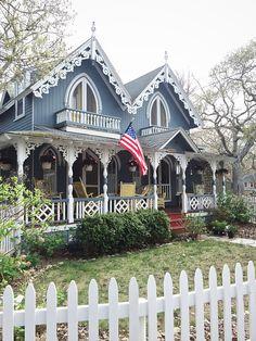 Beautiful Martha's Vineyard Exterior Cottage Decor Ideas !
