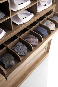 Solution rangement accessoires- cravates - chemises - Dressing homme- Fimes Italia